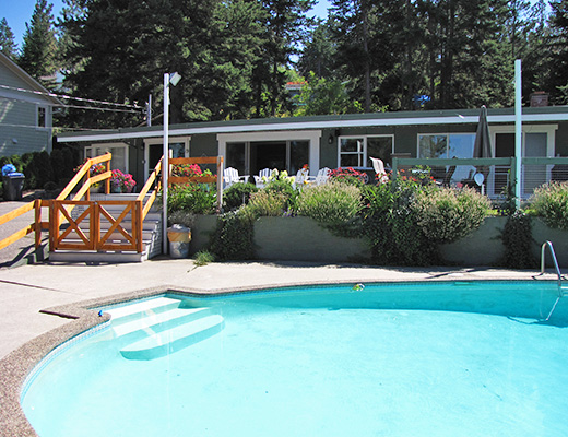 Mission Lakeview Rancher - 4 Bdrm HT w/Pool - Kelowna (CVH)