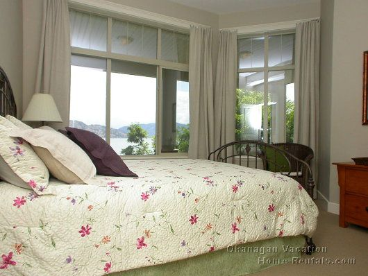 Edgewater - 2 Bdrm Suite - Peachland