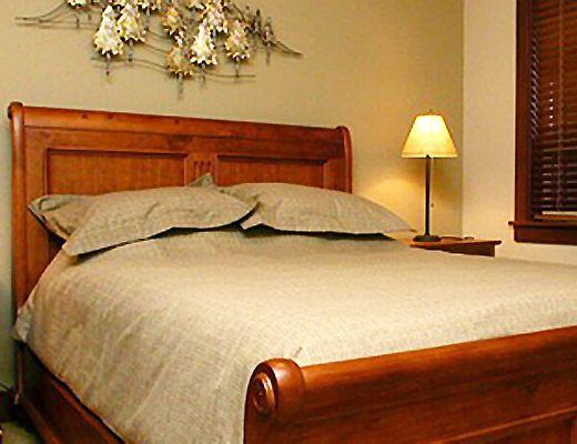 Stonegate Resort - 1 Bdrm w/ HT (E) - Big White