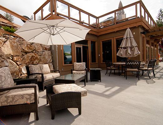 Carmel Beach Private Lodges #04 - 4 Bdrm Lake Side - Shuswap