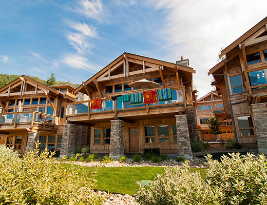 Carmel Cove Resort #09 - 4 Bdrm Lake Side - Shuswap