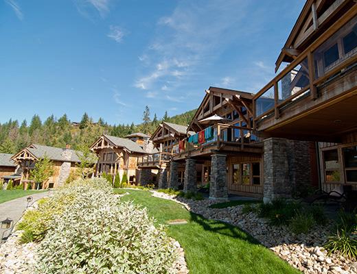 Carmel Beach Private Lodges #12 - 3 Bdrm Lake View - Shuswap