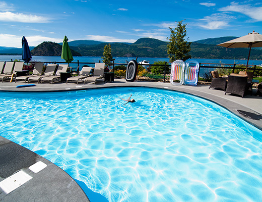 Carmel Beach Private Lodges #12 - 3 Bdrm Lake View - Shuswap