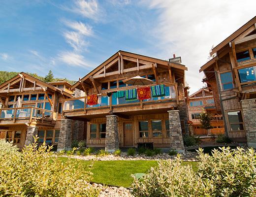 Carmel Beach Private Lodges #14 - 3 Bdrm Lake View - Shuswap