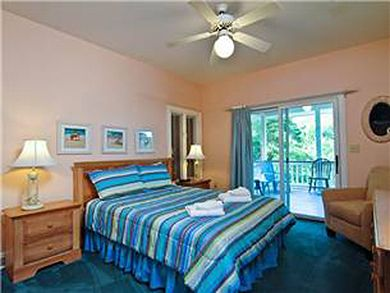 Cameron Blvd 3702 - 5 Bdrm plus Den - Isle Of Palms