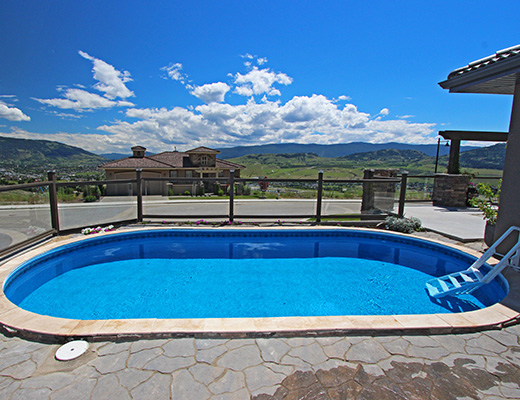 The Rise Home - 2 Bdrm + Loft w/ Pool - Vernon