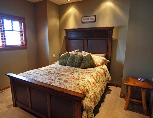 Grey Wolf Cabin #5 - 4 Bdrm HT - Red Mountain