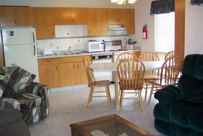 Whitefoot Lodge - 2 Bdrm (S) - Big White