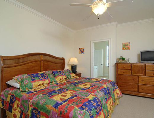 55th Avenue 2 - 10 Bdrm + Den w/Pool - Isle Of Palms (N)
