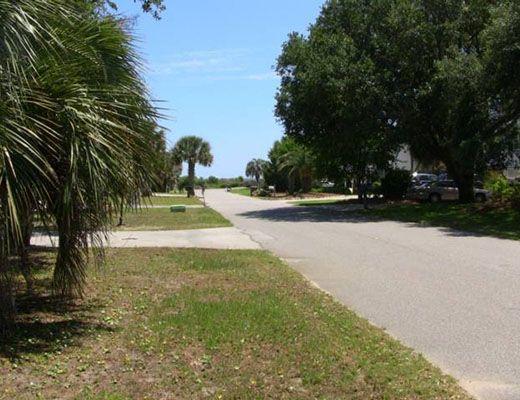 Palm Blvd 5200 - 2 Bdrm + Den - Isle Of Palms (N)
