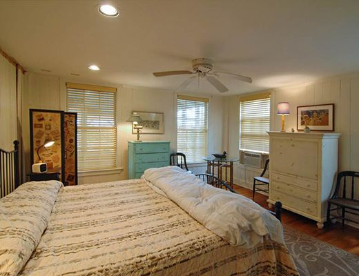 Pettigrew 2105 - 6 Bdrm - Isle Of Palms (N)
