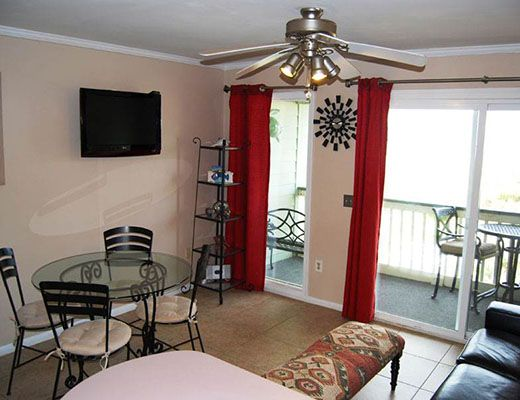 Sea Cabin 306-A - 1 Bdrm + Den - Isle of Palms (N)