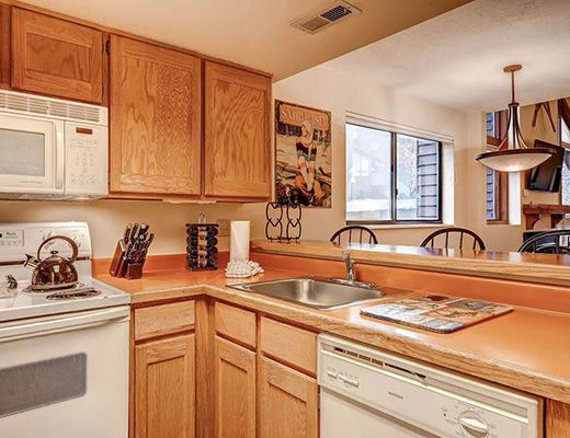Red Pine Townhome - 3 Bdrm Silver HT - The Canyons