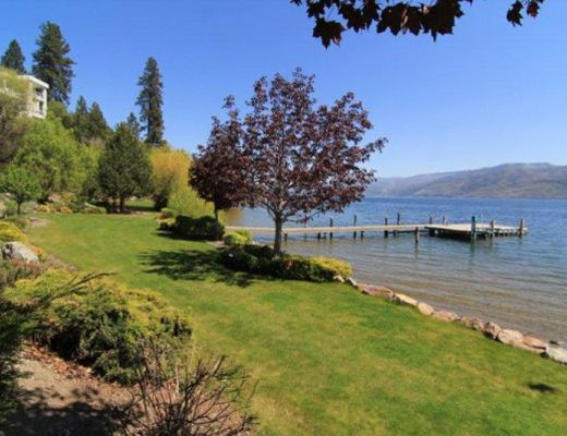 Okanagan Beach House - 3 + 2 Bdrm - Peachland