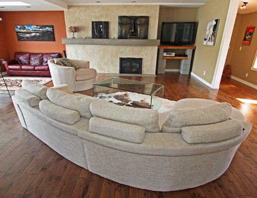 Okanagan Landing Family Home - 5 Bdrm HT - Vernon