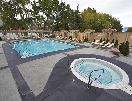The Strand Lakeside Resort - 2 Bdrm Newport Townhome #1111 - Vernon