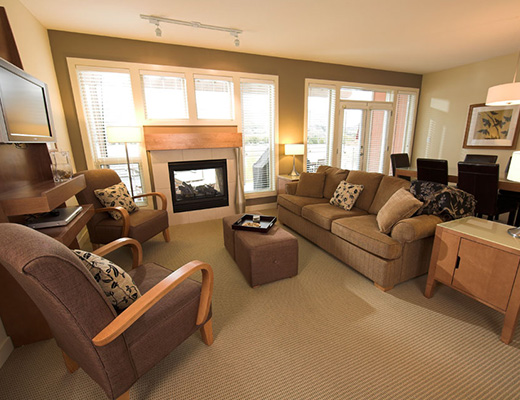 The Strand Lakeside Resort - 2 Bdrm + Den Jericho #1307 - Vernon