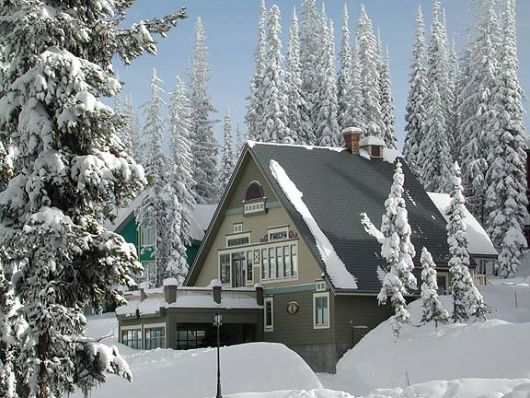 Mountain Car Chalet - Northwoods -  3 Bdrm - Silver Star (VC)