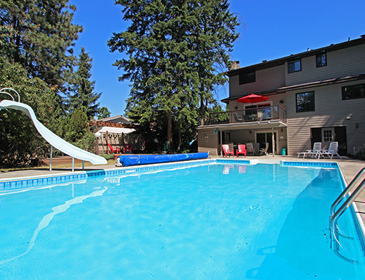 Forest View Estate - 5 Bdrm w/ Pool - Kelowna