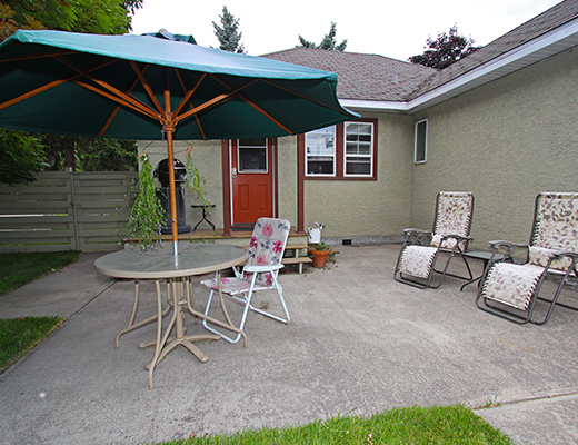 Central Home - 3 Bdrm - Kelowna