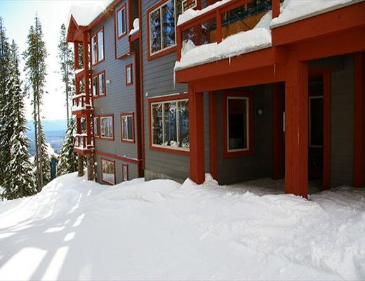 Snowbanks #3 - 3 Bdrm + Loft + Den HT - Big White