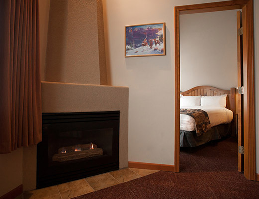 Nancy Greene's Cahilty Hotel & Suites - 1 Bdrm - Sun Peaks