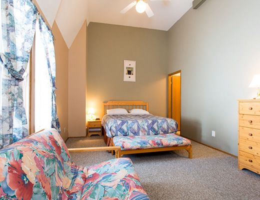 Pinnacles Suite Hotel #22 - 4 Bdrm HT - Silver Star
