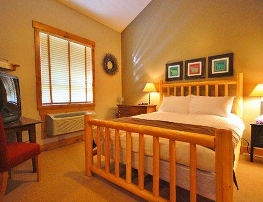 Timberline Lodge T444 - 2 Bdrm + Loft (Standard) - Fernie