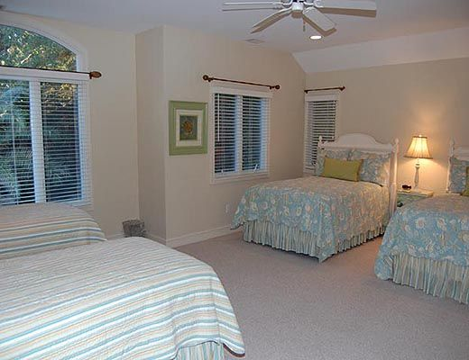 143 Mooring Buoy - 5 Bdrm w/Pool - Hilton Head