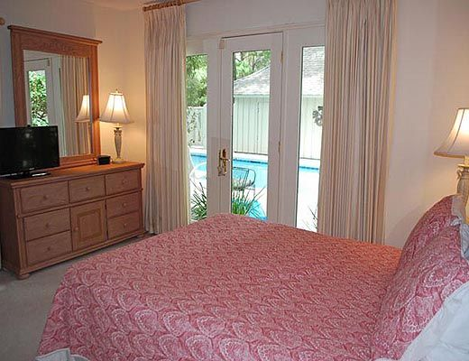 4 Red Oak - 6 Bdrm w/Pool HT - Hilton Head