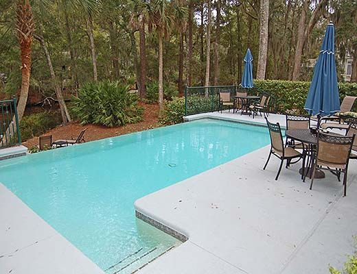 30 Haul Away - 4 Bdrm w/Pool - Hilton Head