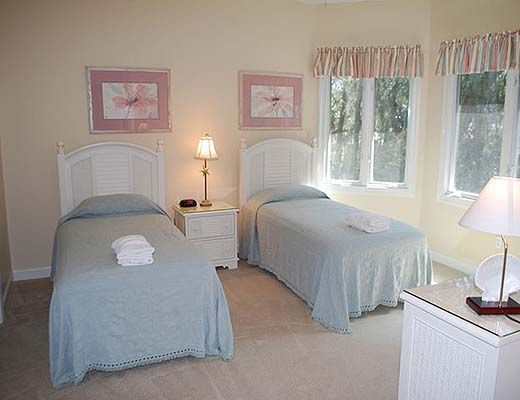 3 Cart Gate - 4 Bdrm w/Pool - Hilton Head