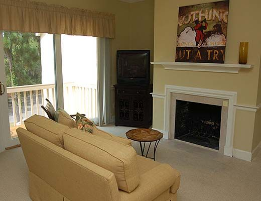 11 Mizzenmast Court - 4 Bdrm w/Pool - Hilton Head