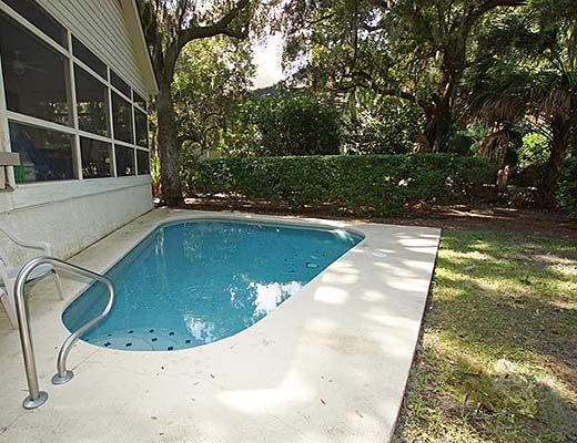 8 Heath Drive - 3 Bdrm w/Pool - Hilton Head