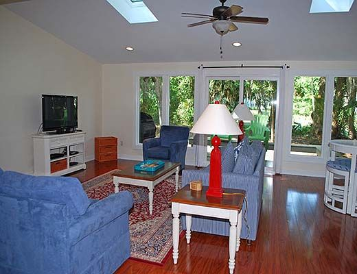 79 Kingston Road - 4 Bdrm w/Pool - Hilton Head