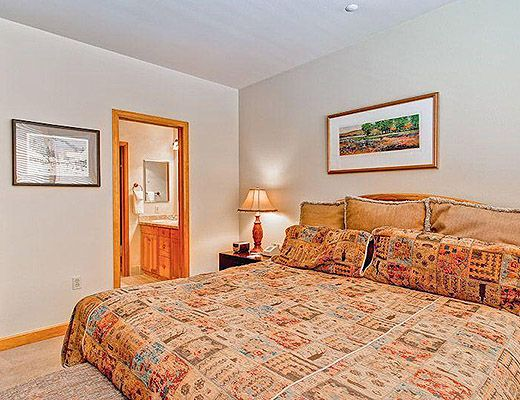 Highlands Lodge #203 - 3 Bdrm (3.5 Star) - Beaver Creek