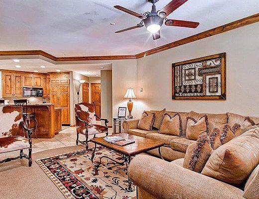 Highlands Lodge #208 - 3 Bdrm (4.0 Star) - Beaver Creek