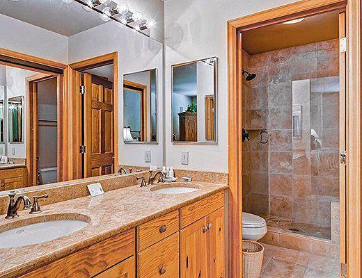 Highlands Lodge #304 - 3 Bdrm (3.5 Star) - Beaver Creek