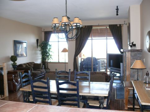 Sullivan Stone Lodge - 3 Bdrm (Valley Side) HT - Kimberley