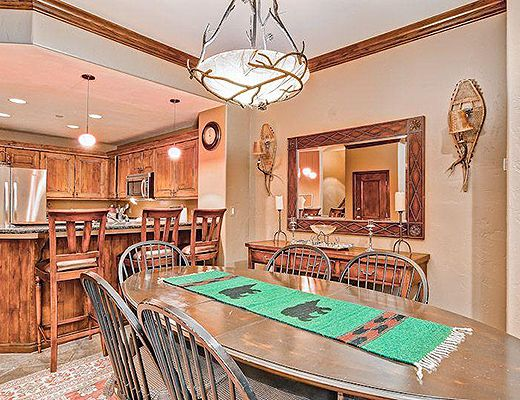 Highlands Slopeside #210 - 3 Bdrm (4.5 Star + Ski Access) - Beaver Creek