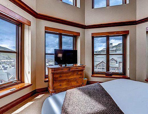Residences at Park Hyatt #4055 - 3 Bdrm Platinum - Beaver Creek