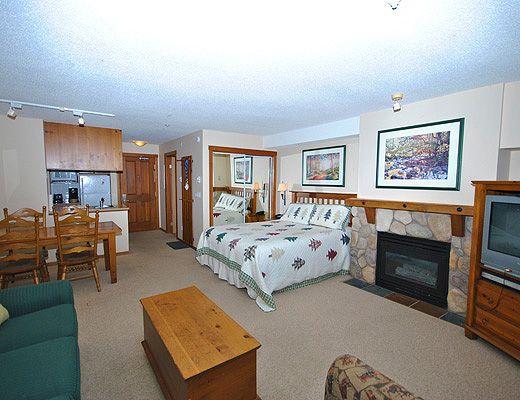 Fireside Lodge #222 - Studo - Sun Peaks (TM)