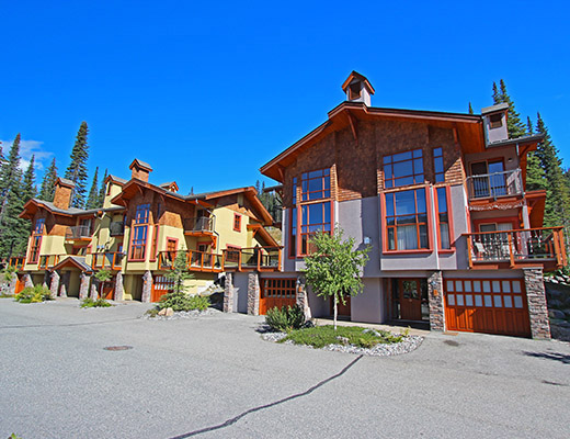 Trails Edge #14 - 4 Bdrm + Den HT - Sun Peaks (TM)