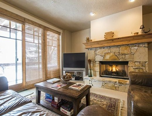 Town Pointe #B104 - 3 Bdrm HT - Park City (CL)