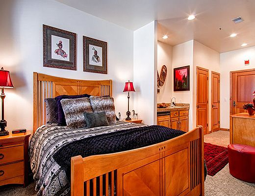 Lift Lodge #102 - 3 Bdrm - Park City (PL)