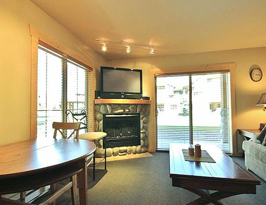 Pinnacle Ridge Chalet #36 - 2 Bdrm - Fernie