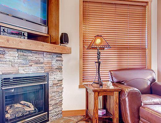 Snowbird Lodge 406 - 2 Bdrm HT - Big White