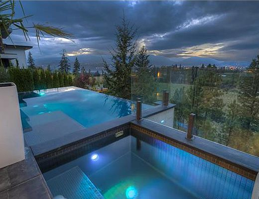 Infinities edge ii 4 bdrm ht w pool kelowna cvh for Pool design kelowna