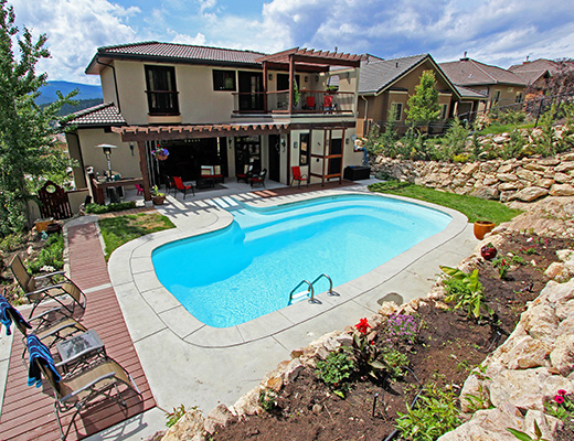 Hillside Haven - 5 Bdrm w/ Pool - Kelowna