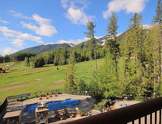Snow Creek Lodge #209 - Studio (Premium) - Fernie